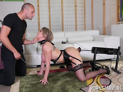 Going to bed awesome single woman Dee Williams gets fucked for debt