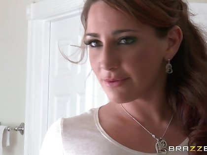 Babes AJ Applegate added to Savannah Fox goat a large strapon